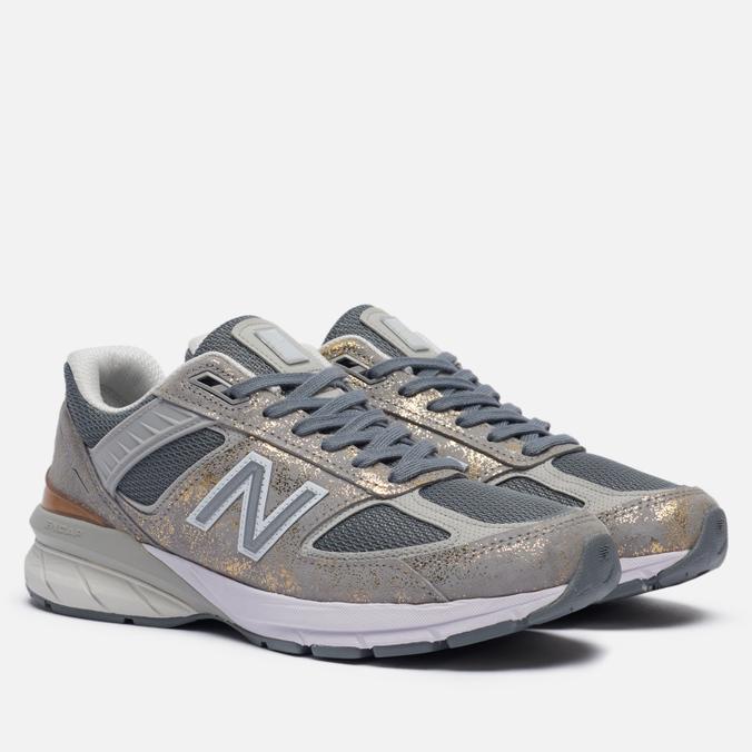 Женские кроссовки New Balance 990v5