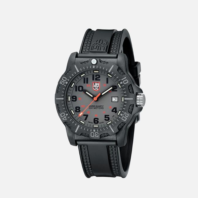 Мужские наручные часы Luminox Evo A.8802