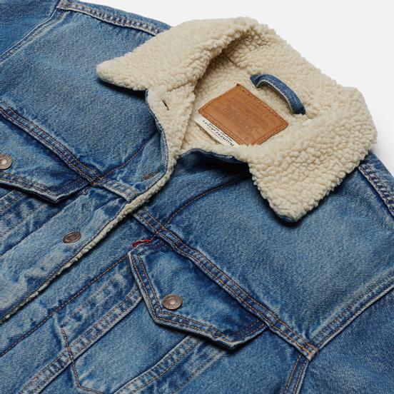Женская джинсовая куртка Levi's Sherpa Trucker Addicted To Love