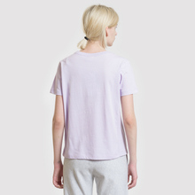 Женская футболка Champion Reverse Weave Logo Embroidered Onto The Chest And Sleeve Pastel Lilac фото- 3