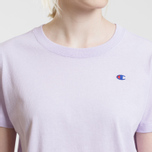 Женская футболка Champion Reverse Weave Logo Embroidered Onto The Chest And Sleeve Pastel Lilac фото- 2