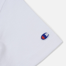 Женская футболка Champion Reverse Weave Logo Embroidered Onto The Chest And Sleeve White фото- 3