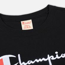 Женская футболка Champion Reverse Weave Script Logo Crew Neck Black фото- 1