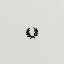 Женская футболка Fred Perry Laurel Sports Authentic Taped Ringer Snow White фото- 2