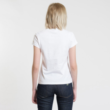 Женская футболка Fred Perry x Amy Winehouse Rose Print White фото- 3