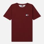 Женская футболка Tommy Jeans Crest Flag Cabernet фото- 0