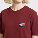 Женская футболка Tommy Jeans Crest Flag Cabernet фото- 4