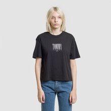 Женская футболка Tommy Jeans Embroidery Graphic Black фото- 1