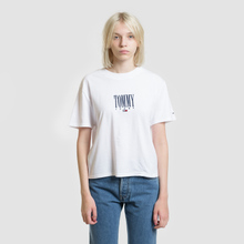 Женская футболка Tommy Jeans Embroidery Graphic Classic White фото- 1