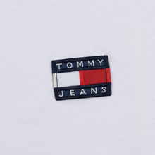 Женская футболка Tommy Jeans Tommy Badge Classic White фото- 2