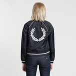 Женская куртка бомбер Fred Perry x Amy Winehouse Embroidered 50's Black фото- 3