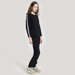 Женская толстовка Fred Perry Laurel Taped Crew Neck Black фото- 4