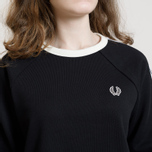 Женская толстовка Fred Perry Laurel Taped Crew Neck Black фото- 6