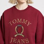 Женская толстовка Tommy Jeans Crest Crew Cabernet фото- 3