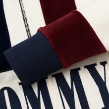 Женская толстовка Tommy Jeans Heritage Mock Neck Velour Navy Blazzer/Multi фото- 5