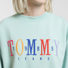 Женская толстовка Tommy Jeans Multicolor Embroidery Crew 1985 Canal Blue фото- 2