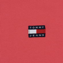 Женская толстовка Tommy Jeans Tommy Badge Crew Claret Red фото- 2