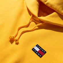Женская толстовка Tommy Jeans Tommy Badge Hoodie Spectra Yellow фото- 1