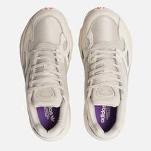 Женские кроссовки adidas Originals Falcon Off White/Raw White/Active Purple фото- 5