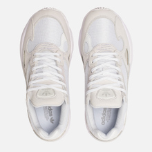 Женские кроссовки adidas Originals Falcon White/White/Crystal White фото- 1