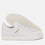 Женские кроссовки adidas Originals Gazelle Crystal White/Crystal White/Gold Metallic фото- 1