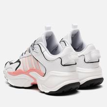 Женские кроссовки adidas Originals Magmur Runner Cloud White/Grey/Glory Pink фото- 2