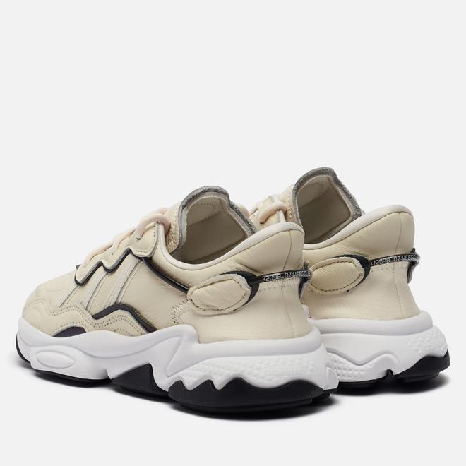 Женские кроссовки adidas Originals Ozweego Chalk White/Ash Silver/Core Black