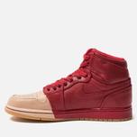 Женские кроссовки Jordan Air Jordan 1 Retro High Premium Gym Red/Metallic Gold/Vachetta Tan фото- 1