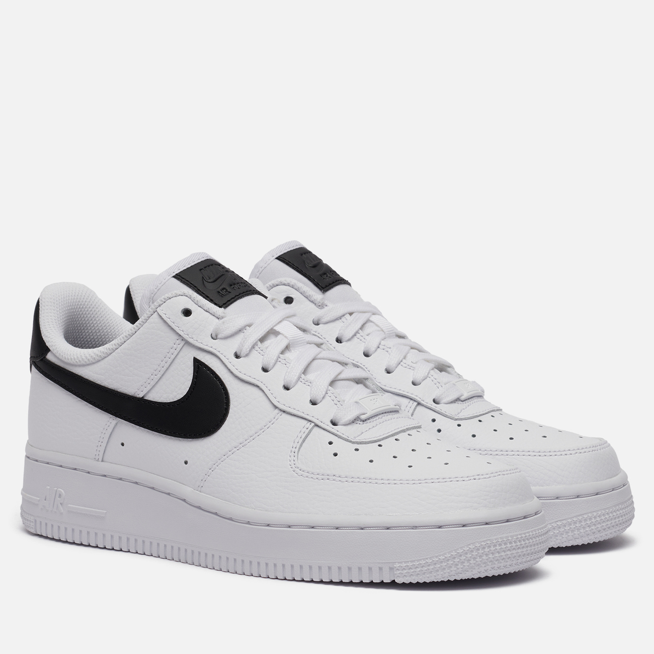 Женские кроссовки Nike Air Force 1 '07 White/White/Black