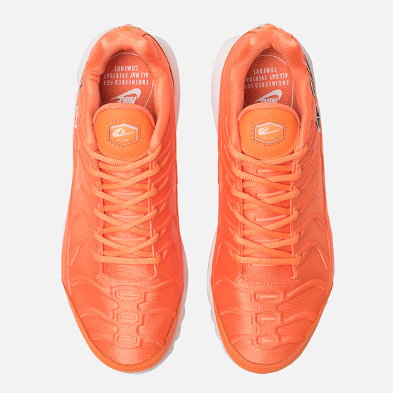 Женские кроссовки Nike Air Max Plus SE Just Do It Total Orange/White/Black