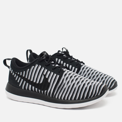 Женские кроссовки Nike Roshe Two Flyknit Black/White
