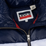 Женский пуховик Levi's Short Puffer Peacoat Colorblock фото- 2