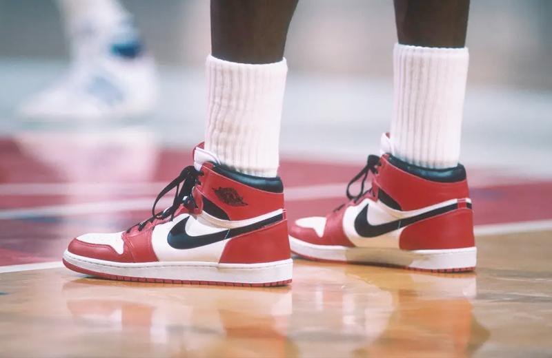 Оригинальные Air Jordan 1в расцветке «Chicago»