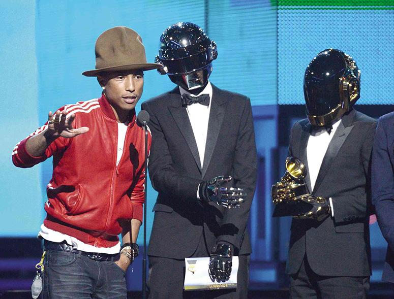 Фаррелл Уильямс и Daft Punk на церемонии вручения Грэмми