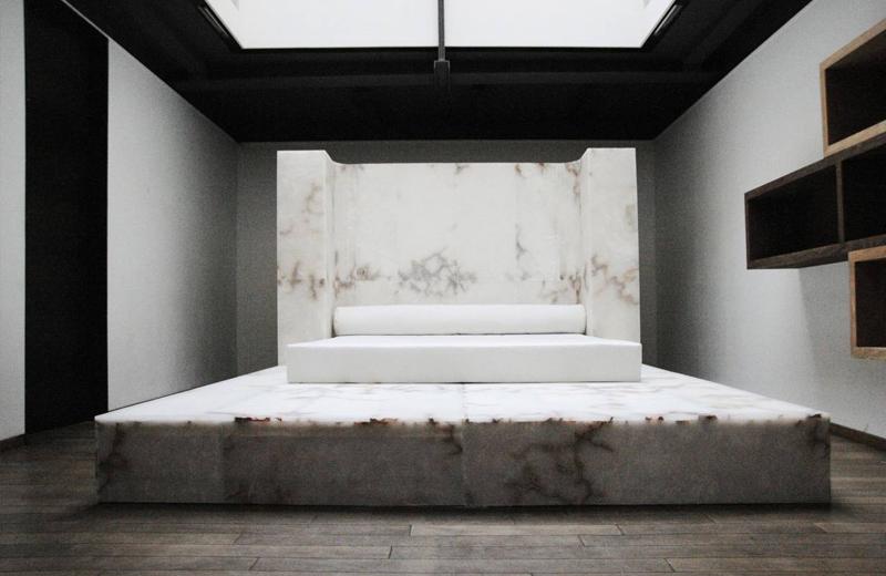 Кровать из линейки Rick Owens Furniture