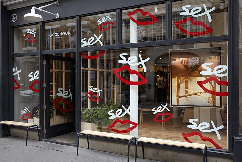 Лондонский магазин Goodhood, отмечающий старт продаж Sex Skateboards