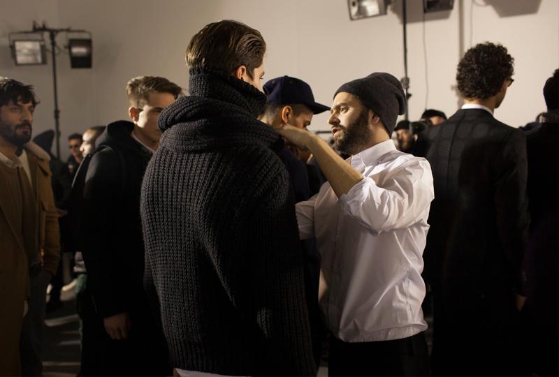 Бэкстейдж первого показа AMIна Парижской неделе моды