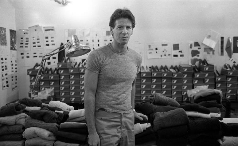 Кельвин Кляйн готовится показать коллекцию свитеров, 80-е