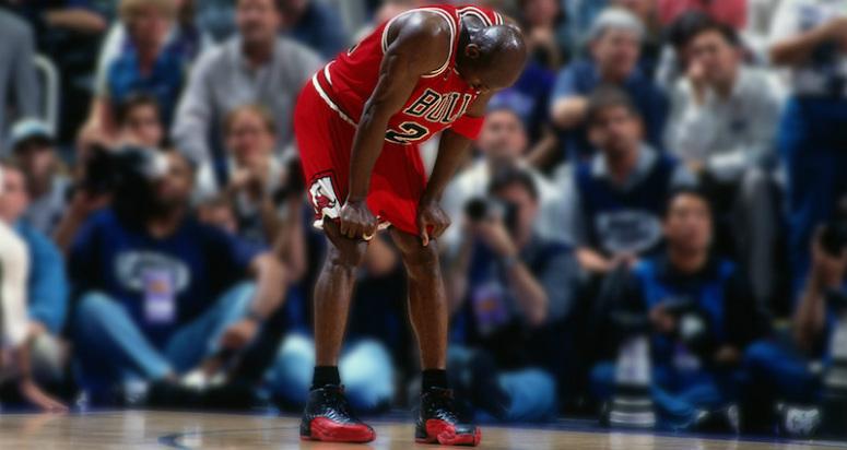 Майкл Джордан в кроссовках Air Jordan 12